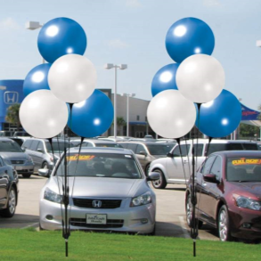 Helium-free vinyl balloons for car lots across the Rio Grande Valley
